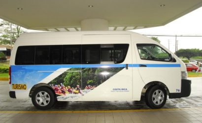 Costa Rica Shuttle Buses