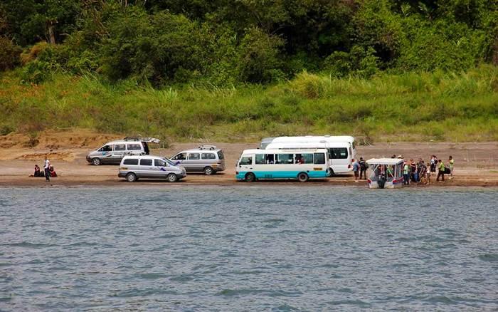 arenal volcano lake crossing bus boat bus 6