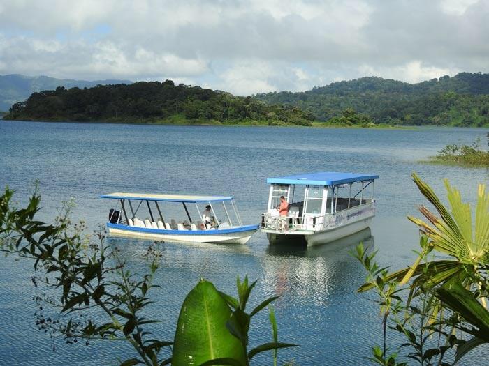 lake arenal crossing