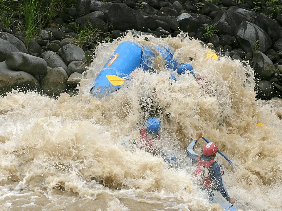 La Fortuna Whitewater Rafting Costa Rica