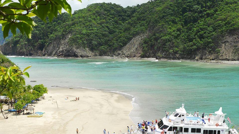 Tortuga Island Tour Costa Rica